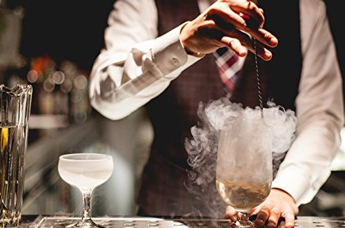 Is it possible to make shaken cocktails without bar equipment handy